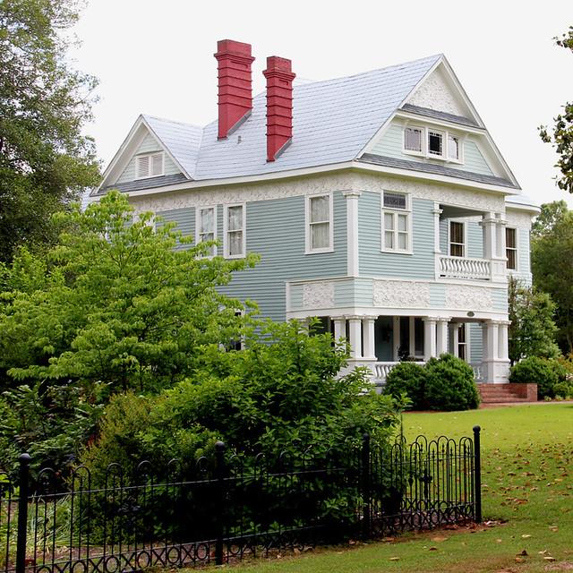 Photo - Chanson une maison bleue ...