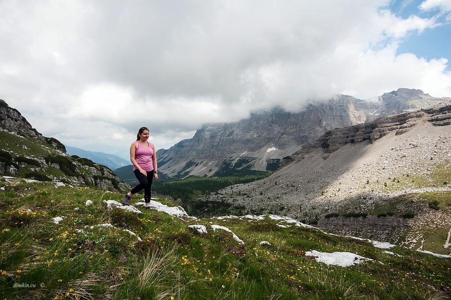Tuenno, Trentino, Trentino-Alto Adige, Italy, 0.002 sec (1/640), f/8.0, 2016:07:01 11:07:31+00:00, 12 mm, 10.0-20.0 mm f/4.0-5.6