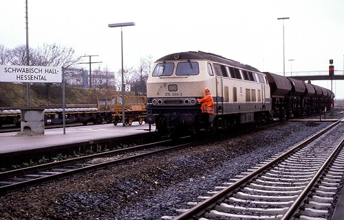 215 056  Schw.-Hall - Hessental  07.11.89