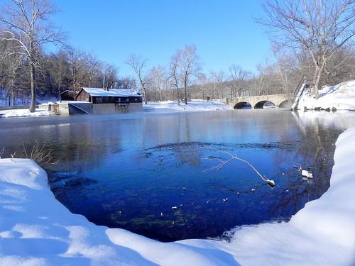 statepark winter water river nikon missouri ozarks bennettsprings nianguariver missouristatepark bennettspringsstatepark localozarkian lacledecountymissouri dallascountymissouri nikoncoolpixp100