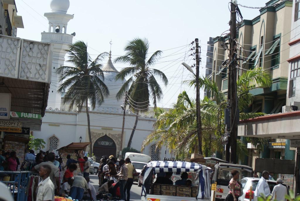 Attacco a due alberghi in Kenya: almeno 26 le vittime