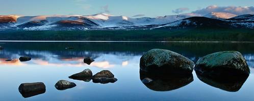 sunset mountain reflection water rock landscape scotland highlands cairngorm lochmorlichaviemorecairngormhighlandsscotlandglenmore