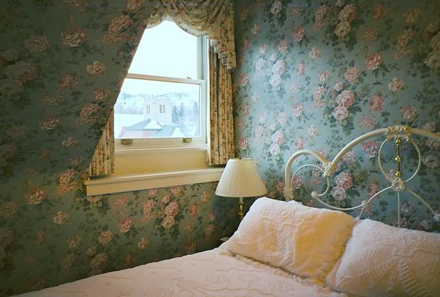 IxD11 - Girliest room @ Hotel Boulderado