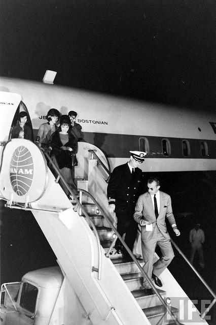 Mme. Nhu's Arrival (1)