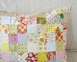 summerhouse pillow