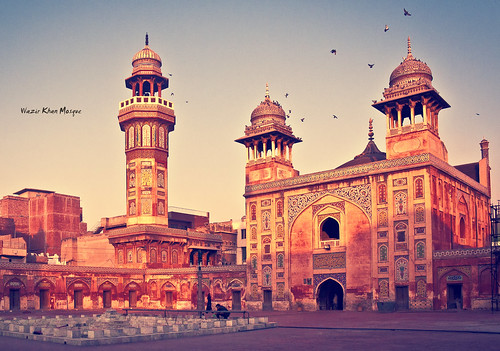 city work tile gate view delhi famous entrance mosque 24 khan punjab built emperor minister mughal wazir urdu