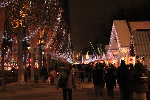 Christmas Markets on the way to the Arc de Triomphe