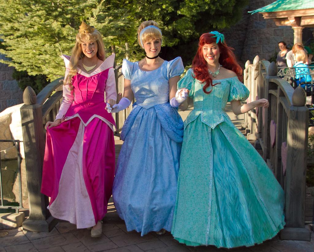 Disneyland Aurora Cinderella Ariel A Photo On Flickriver