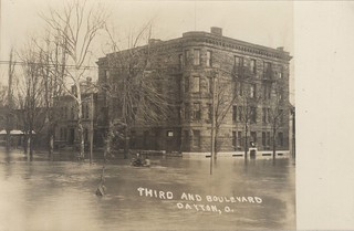 Third and Boulevard, Dayton, OH - 1913 Flood