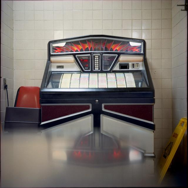 Jukebox waffle house flickr photo sharing for Waffle house classic jukebox favorites