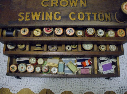 Sewing cotton box