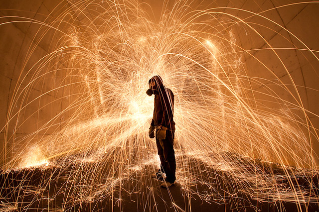 5384478038 82ef259193 z Awesome Long Exposures Using Steel Wool