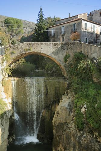 bridge parco building fall water rock river waterfall fiume ponte roccia acqua palazzo calore cilento tommasini rione chiena flickrdiamond piaggine wd01062011