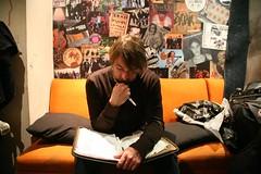 Eddie writes the set