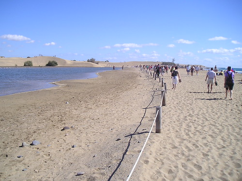 Walking toward Maspalomas Dunes, Gran Canaria