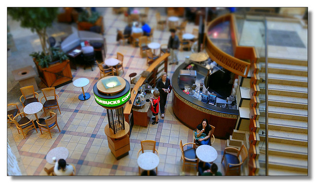 Tilt-shift Starbucks