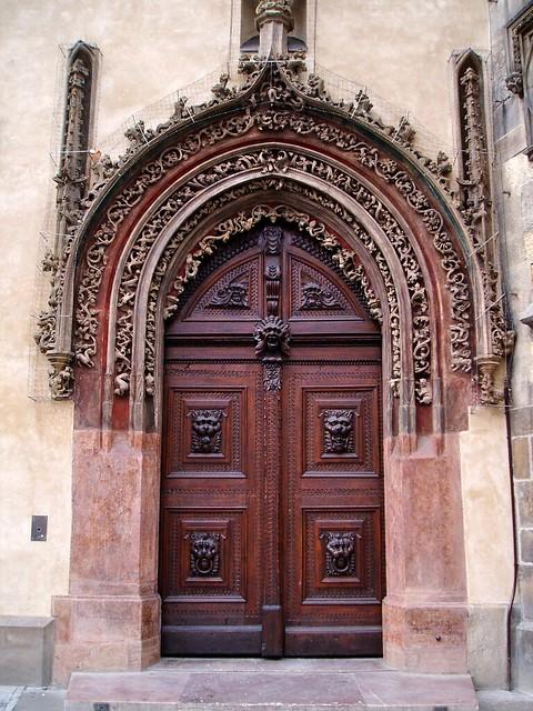 Gothic door old town hall prague flickr photo sharing for Door z prague