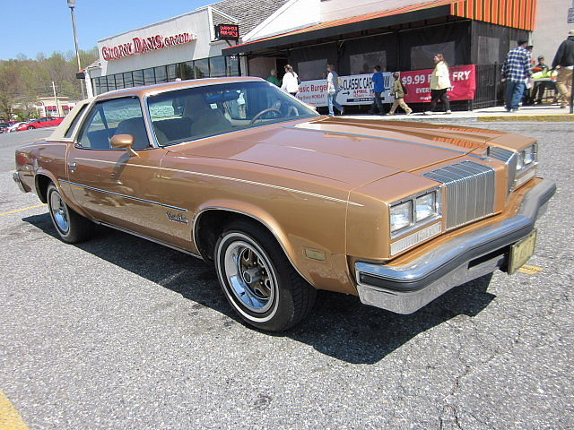 Photo for 1977 oldsmobile cutlass salon