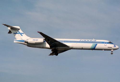 Finnair MD-87 OH-LMB BCN 08/12/1993