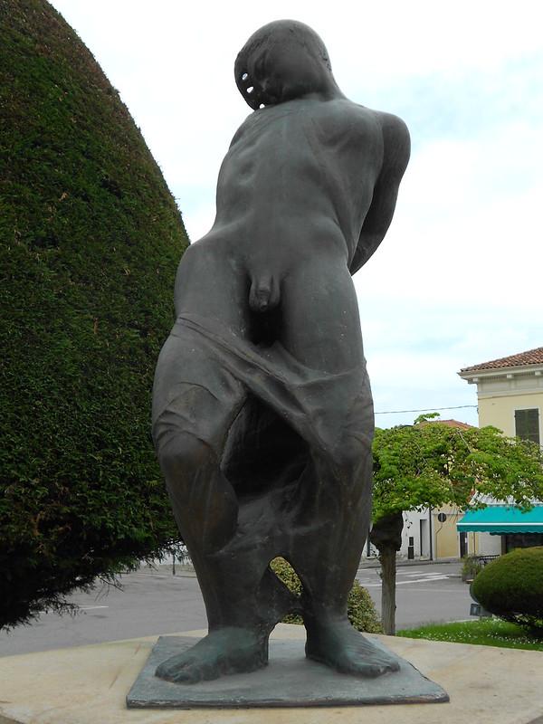 Il fucilato, Pericle Fazzini, 1945, bronzo,  Lendinara