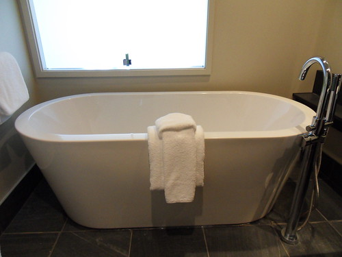 Blog - Come pulire la vasca da bagno: prodotti e segreti