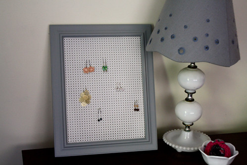 earring holder by sassyladybug