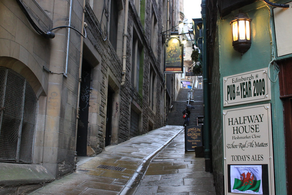 Back Street in Edinburgh