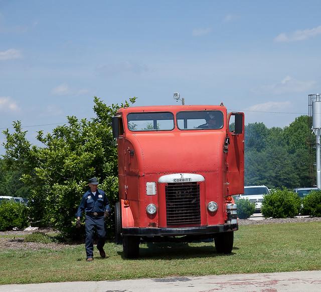 Diamond T Truck For Sale Australia >> antique trucks-339 | Flickr - Photo Sharing!