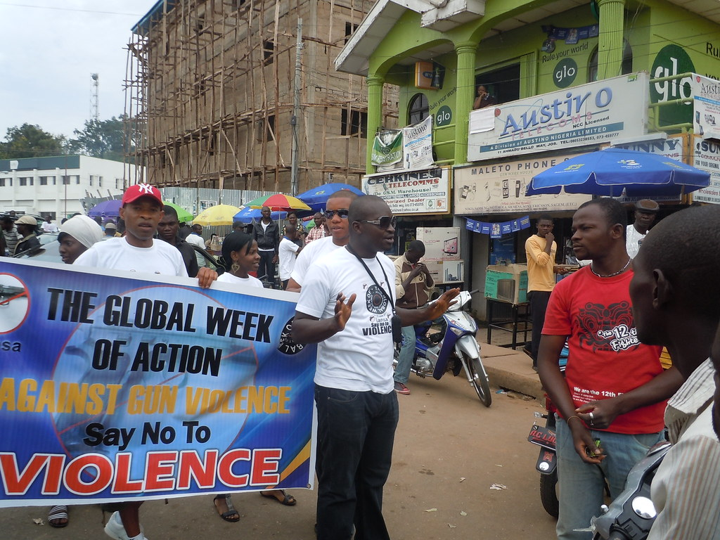 Week of Action Against Gun Violence 2011 - Nigeria_IPPNW_Homsuk sharing the message 2