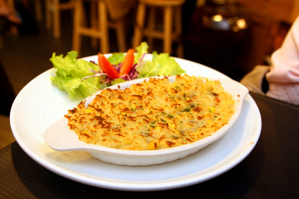 Ultimate Upper Thomson Food Guide: little part 1 cafe crepe shepherds pie