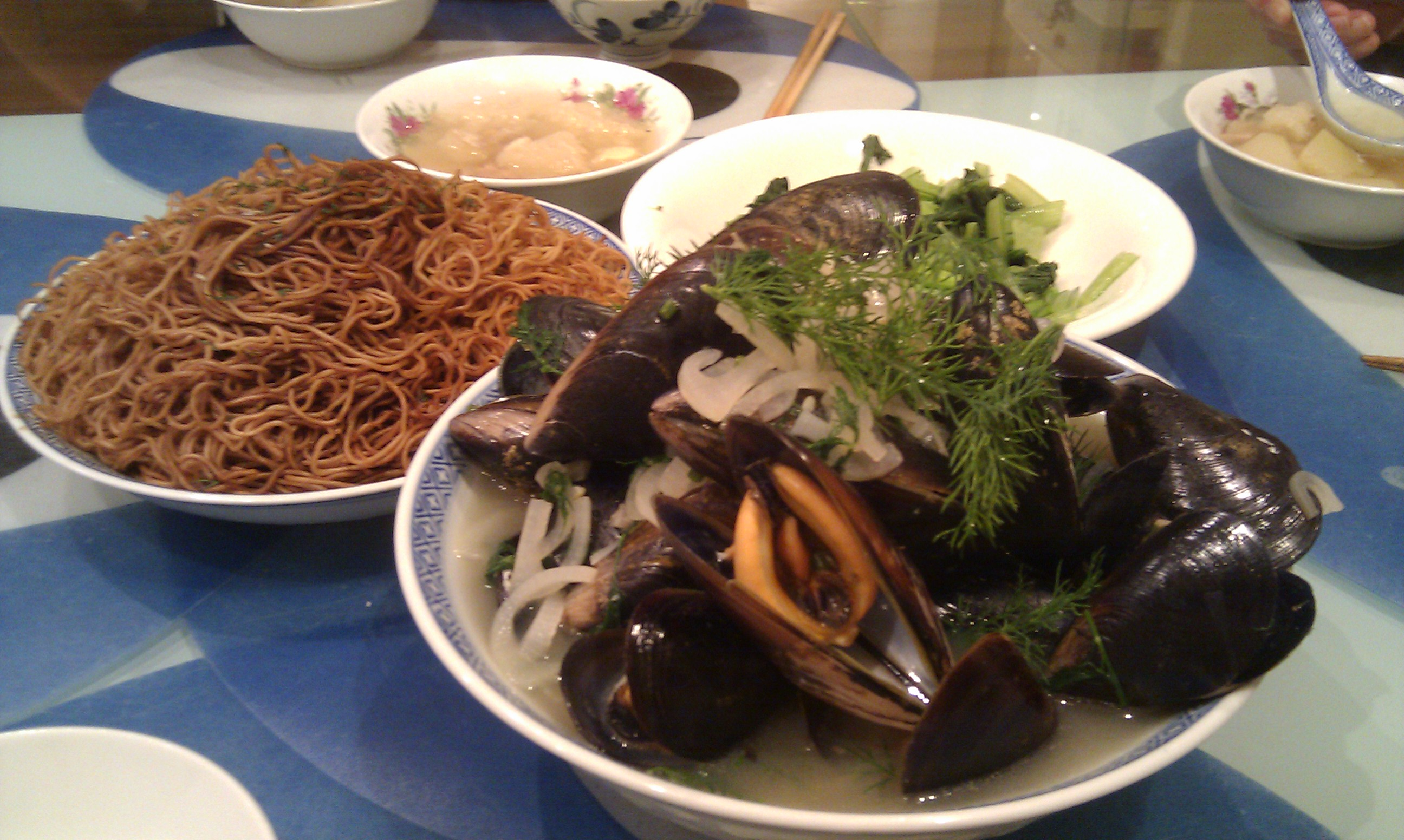 Mussels with Beer and Dill, 鱼翅瓜瑶珠瘦肉汤 Spaghetti Squash Soup ...