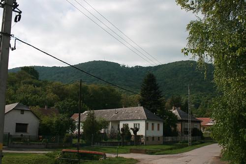 street mountain three hungary nap dorf village view 4 hills utca hegy ungarn tavasz hongrie 2011 május hármashegy falu baranya hegyek három kilátás megye harmadik hosszúhetény