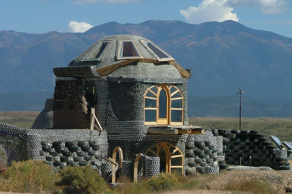 how to build an earthship in ontario