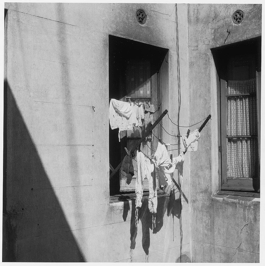 08.Pati interior, Barcelona, anys cinquanta-GIREU
