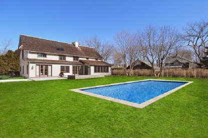 Enjoyable Exterior Barn Home Pool Yard A Large Lot And Beautiful P Home Interior And Landscaping Palasignezvosmurscom