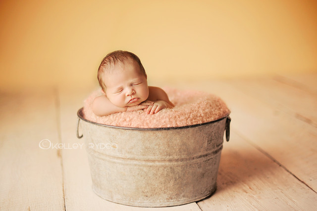 Little Layla - Newborn Kids Photography