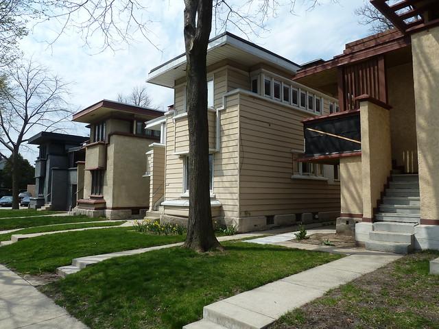 Frank lloyd wright american system homes milwaukee for Frank lloyd wright modular homes