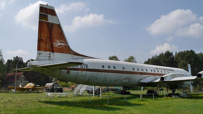 Heck: Interflug IL-18W