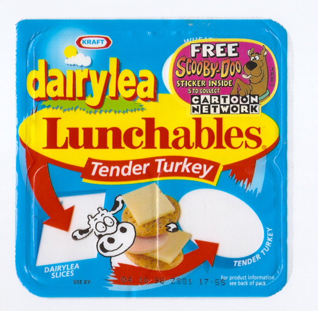 295644 furthermore Schneiders Lunch Mate Mini Burgers likewise Canada Dry Green Tea Ginger Ale Nutrition Facts further Schneiders Lunch Mate Nachos Cheese And Salsa additionally Dairylea Lunchables Ham N Cheese Crackers. on lunchables dogs