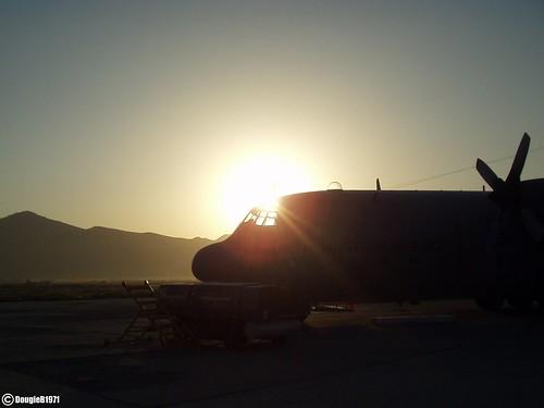 afghanistan mountains sunrise force aviation military air norwegian hercules picnik kabul c130