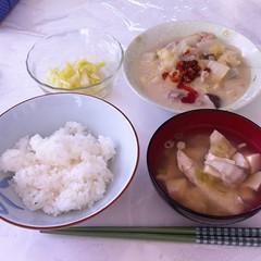 お味噌汁付き朝ごはん