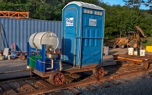california desktop wallpaper museum yard train john photography nikon portable rail railway toilet canyon tokina porta 1224mm hdr potty portapotty niles sunol d90 photomatix mattgranz