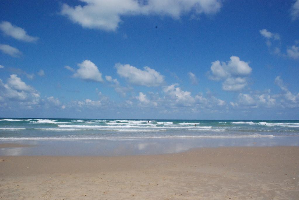 пляж полег