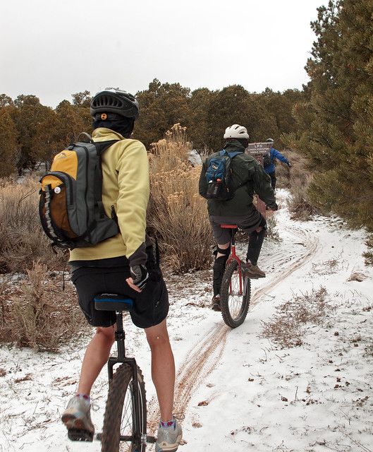 The first group hitting Lower Porcupine Singletrack in the snow