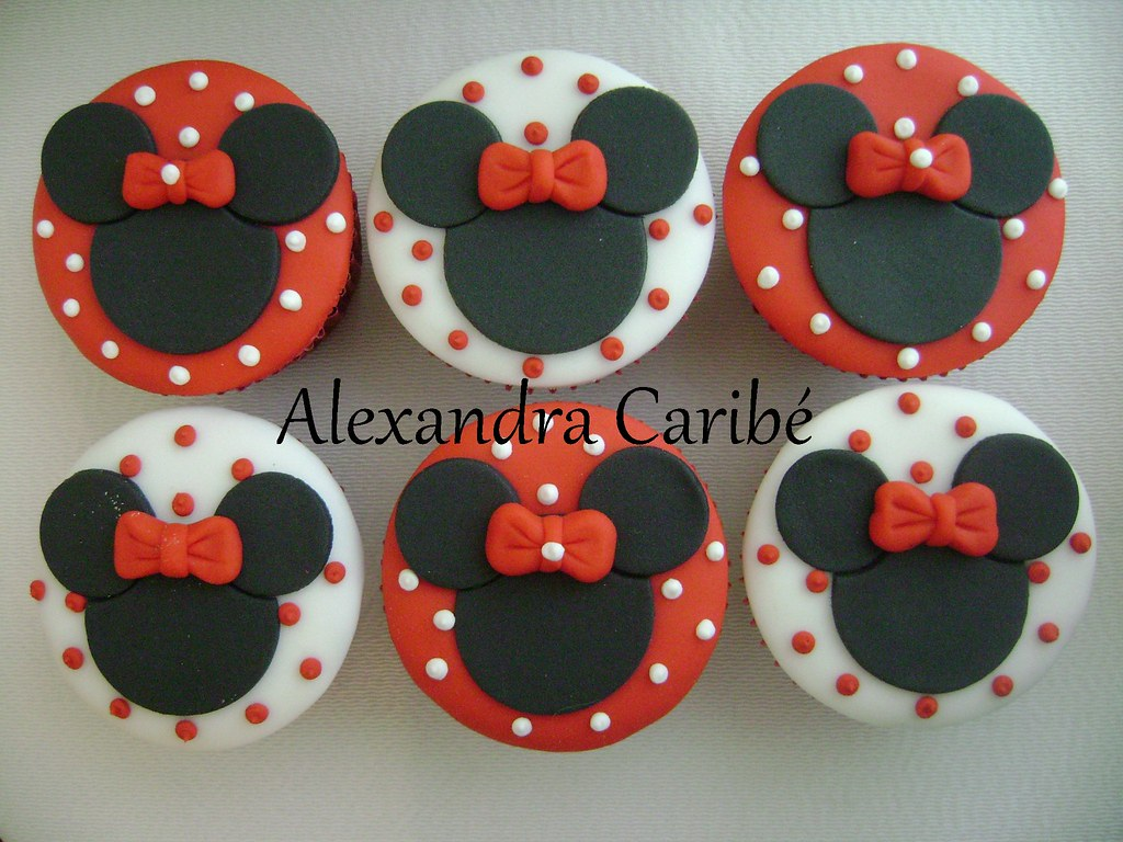Minnie Mouse Cupcake Decorations