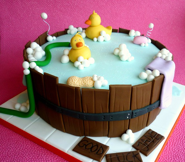 Barrel baby shower cake