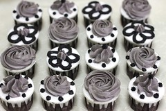 BJC012-2011. Bajet cupcakes for Zarina @ Sri Gombak (RM1.90/pcs with dome container)