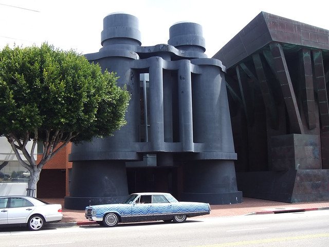 210 - Yarn Car at Binoculars Building, Venice, California