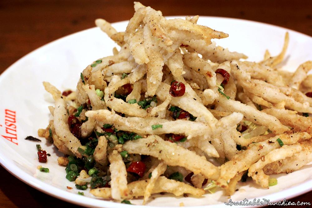 Salt and Pepper Silverfish, Arisun