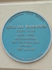 Photo of Hugo van Wadenoyen blue plaque